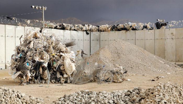Afganistan'ın gerçek yüzünden habersiz 40.000 insan