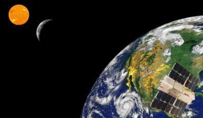 Uzaydan incelenen tam Güneş tutulması