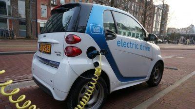 Elektrikli arabalar 2035'e kadar Avrupa'da baskın olabilir