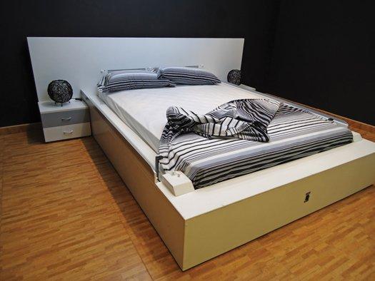Kendi kendini toplayan yatak for Self made headboards