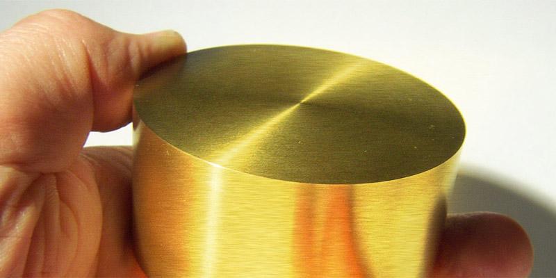 Fizikçiler altını titanyum ile kaplayarak dayanımını 4 kat artırdılar