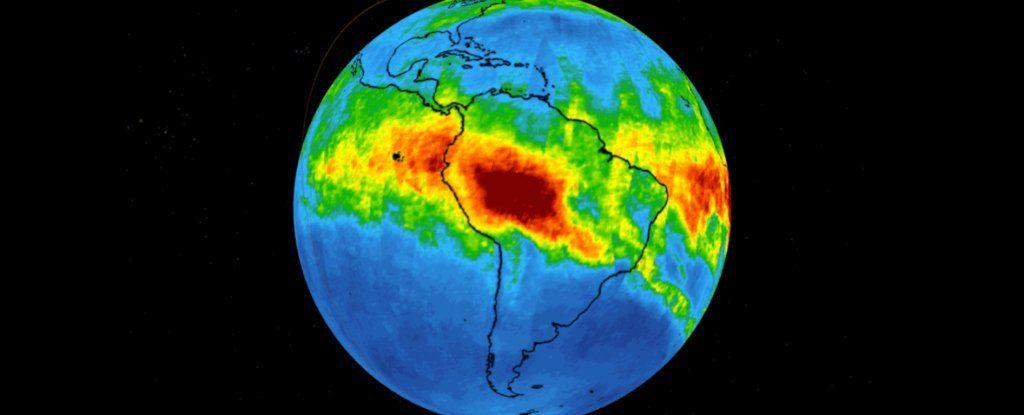 NASA görüntüleri yanan Amazon'dan ne kadar çok karbonmonoksit çıktığını gösterdi