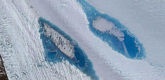 Antarktika'da binlerce mavi renkli garip göl ortaya çıkıyor