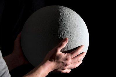 NASA verileriyle yapılan Ay'ın evreleri küresi