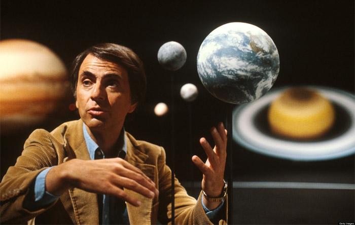 """Carl Sagan ve başyapıtlarından """"Cosmos"""""""