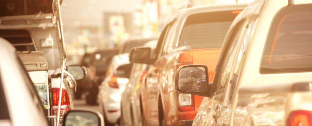 Çin, fosil yakıtlı araçlara yasak getireceğini duyurdu
