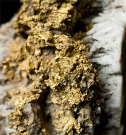 Http Www Nature Com News Earthquakes Make Gold Veins In An Instant