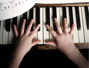 Müzikal bir dahi olabilmek için genç yaşta başlamak zorunlu mu?