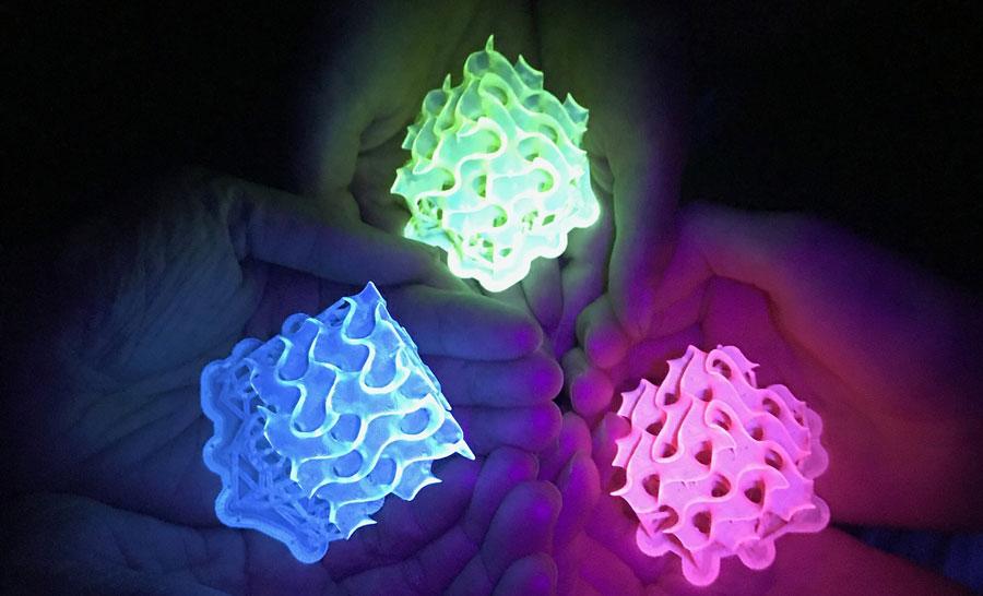 Kimyagerler şimdiye kadarki en parlak floresan malzemeleri oluşturdu