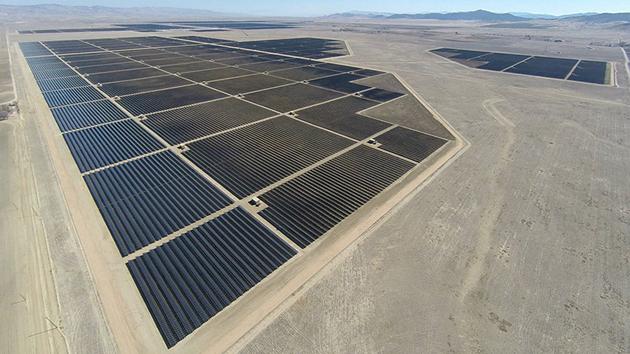 Dünyanın en büyük güneş santrali çalışmaya hazır