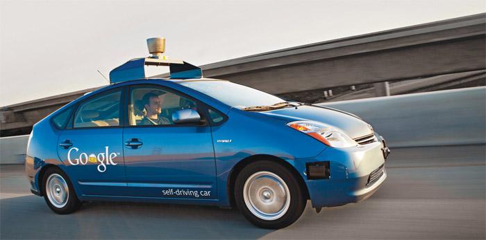 google-insansiz-otomobil