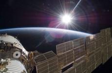 ISS_STS-129_Zvezda_sunrise-590x330