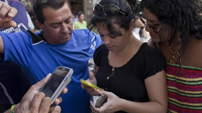 50 lerde kalmış küba için dijital devrim bilim org
