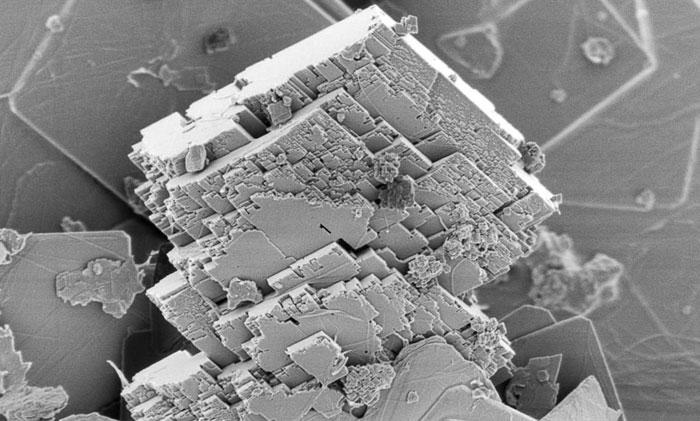 Atmosferden karbondioksit giderebilen bir mineral yapıldı