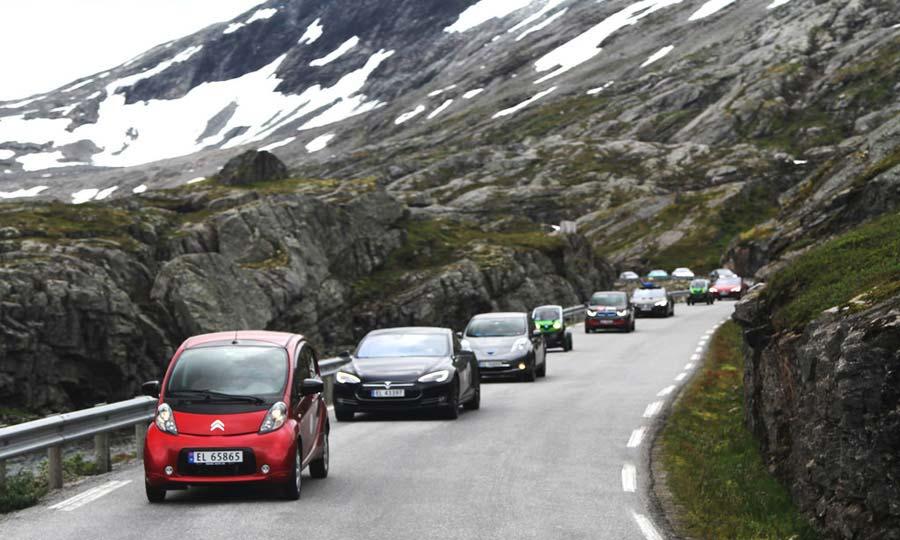 Norveç, elektrikli otomobil satışlarında rekor kırdı