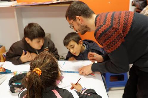 Eğitime destek için yeni bir kampanya: Düşün, Hisset, Paylaş
