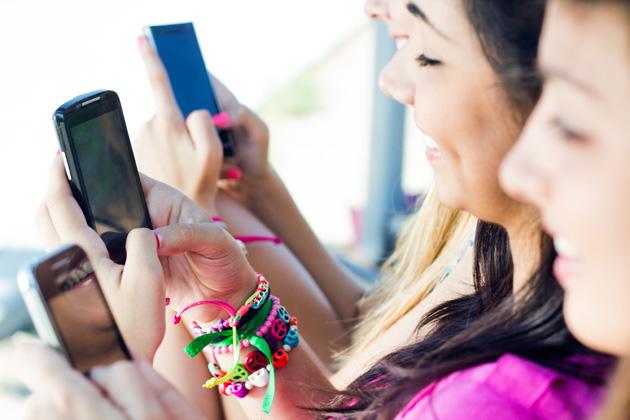 Akıllı telefonlar parmaklarımızın çalışma şeklini de değiştiriyor