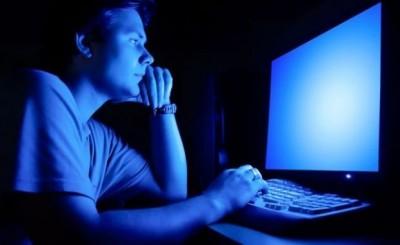 Geceleri çok fazla yapay ışığa maruz kalmak hastalık getirir mi?